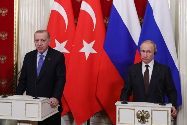 Russian President Vladimir Putin (R) and Turkish President Recep Tayyip Erdogan speak to reporters on March 5 after talks at the Kremlin in Moscow, Russia. Photo by Michael Klimentyev/EPA-EFE