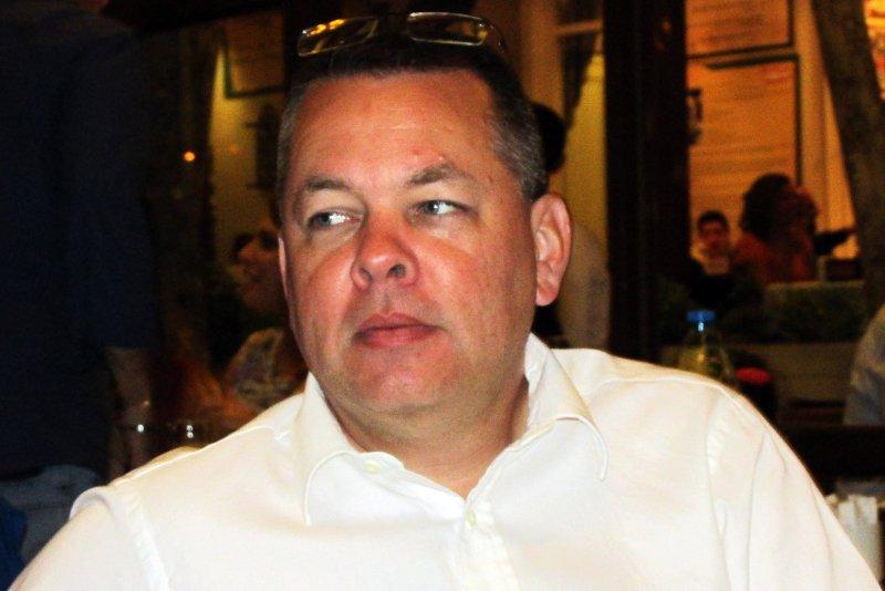 Health concern moves U.S. pastor to house arrest in Turkey