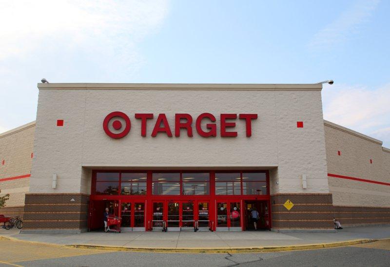 Judge calls Target claim 'absurd,' grants lawsuit class action status over data breach
