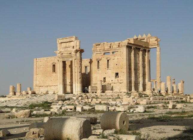 An 50-foot-tall arch, part of the Temple of Bel, largely destroyed by the Islamic State in Palmyra, Syria, will be reproduced using 3D printers and displayed in New York and London in 2016. Photo by Bernard Gagnon/Wikimedia