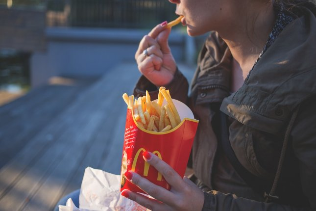 In a survey, the CDC found that more than one-third of respondents had eaten fast food in the previous 24 hours. Photo by Pexels/Pixabay