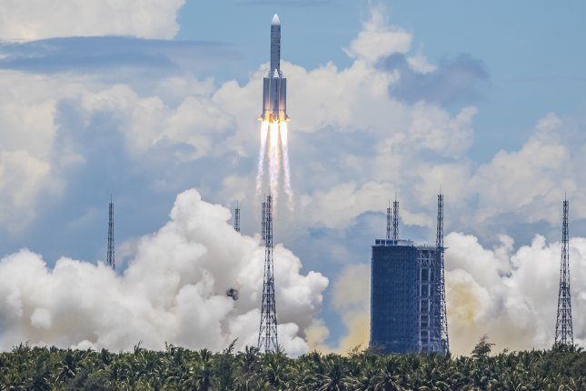 A Long March 5 rocket developed by China, which is one of six nations that have full launch capabilities, carried the Tianwen-1 Mars rover into orbit from Wenchang, Hainan province, China, on July 23. Photo by EPA-EFE/STR CHINA