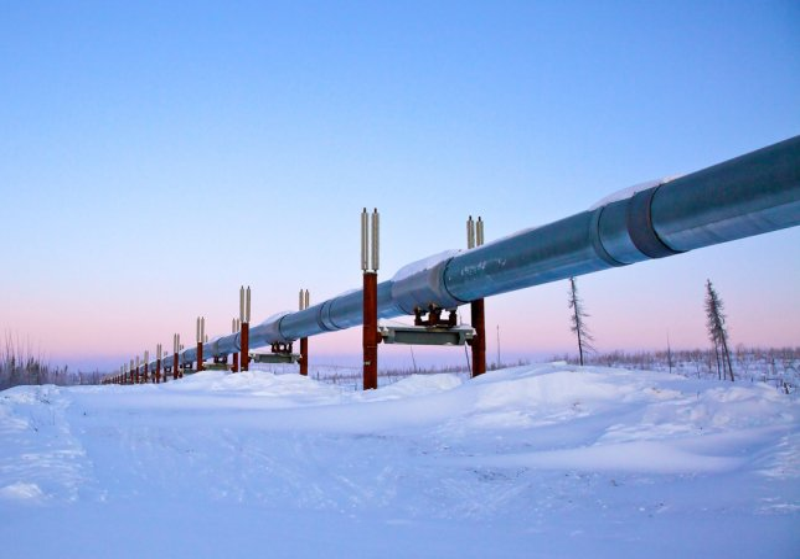 Alaska facing a mutlimillion dollar deficit as most oil pipelines running far below peak capacity. Photo by Heather Snow/Shutterstock