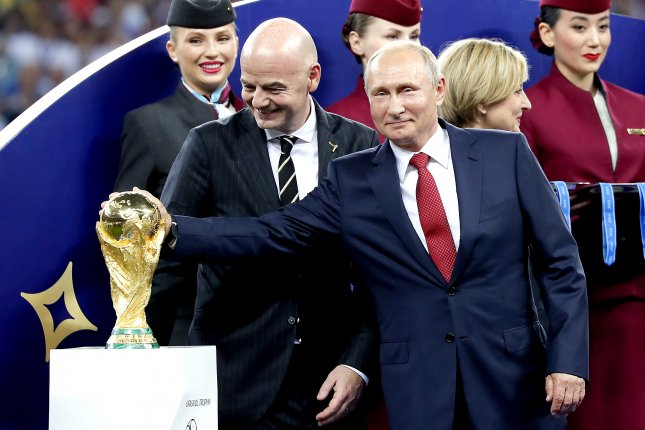 Russian Federation passes the baton to Qatar for FIFA World Cup 2022