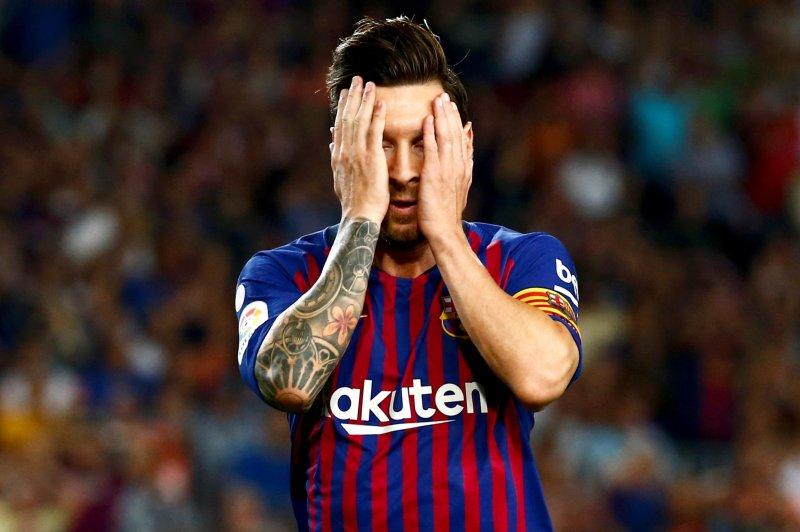 Watch Lionel Messi Gerard Pique Score In Barcelona Draw Upi Com