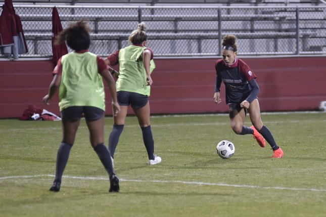 Washington State University striker Trinity Rodman (R) is expected to be a first-round pick in the 2021 NWSL Draft, which airs Wednesday on Twitch. Photo by Washington State University Athletics
