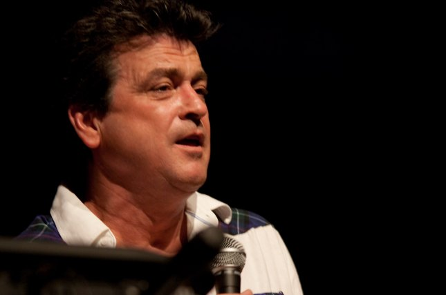 Les McKeown speaks at Radio F in Germany on April 10, 2010. The lead singer of the Bay City Rollers died Tuesday at age 65. Photo by Roland Rosenbauer/Wikimedia Commons