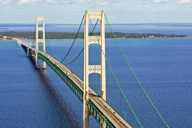 A pipeline system that spans Michigan's two peninsulas, connected by the historic Mackinac Bridge, needs to be decommissioned, environmental advocates say. File photo by Justin Billau/Flickr