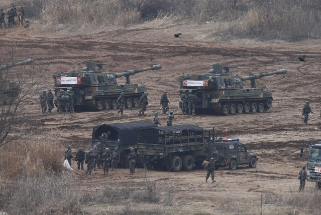Several South Korean self-propelled guns are seen on standby in an area near the western border with North Korea. A retired U.S. general said instability and collapse could soon take place in North Korea. Photo by Yonhap News Agency