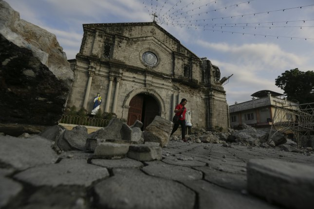 The Philippines was rocked by two earthquakes in two days, resulting in at least 11 dead and scores missing. Photo by Francis R. Malasig/EPA-EFE