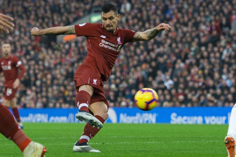 Liverpool Mesti Jual Lovren dan Beli De Ligt