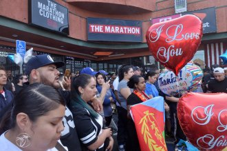 In Photos Fans Gather To Mourn Nipsey Hussle Thumbnails
