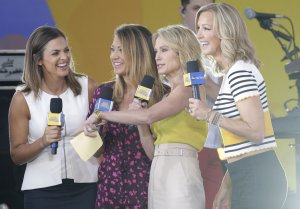 Lara Spencer News | Photos | Wiki - UPI com