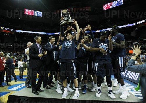 Kansas vs Viiianova in the NCAA Division I basketball Championship