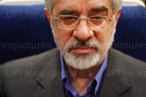Former Iranian prime minister Mir-Hossein Mousavi holds a press conference in Tehran