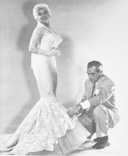 Jayne Mansfield in wedding dress