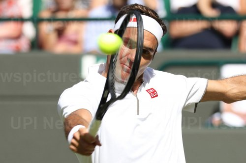 Roger Federer in second round action against Jay Clarke