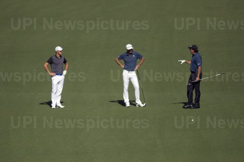Mickelson, Johnson and DeChambeau talk at the Masters
