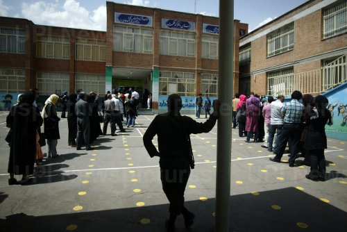 Iranians vote vote in pivotal presidential election in Tehran