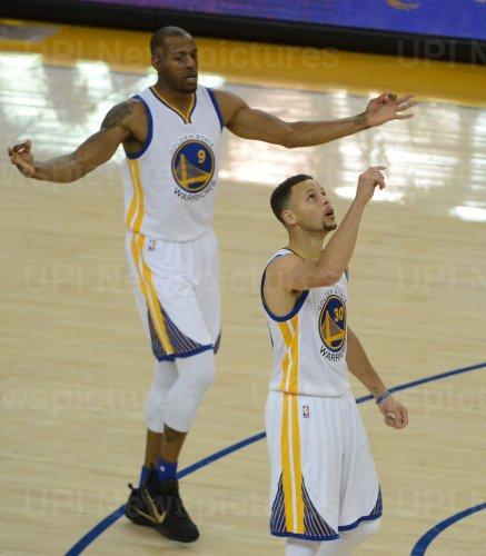 Warriors Stephen Curry celebrates three point shot