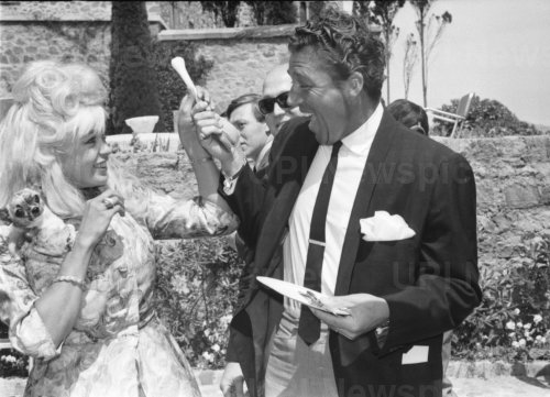 Jayne Mansfield and Mickey Hargitay in Cannes