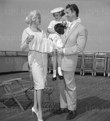 Jayne Mansfield on boat trip with husband and daughter