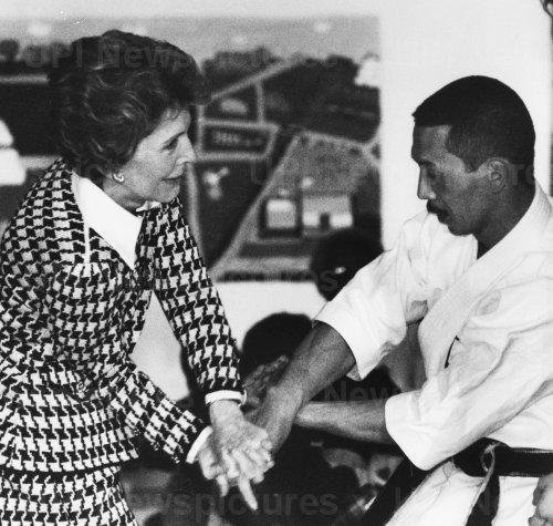 Nancy Reagan Learns Maneuver from Karate Expert Yoshimi Inouye