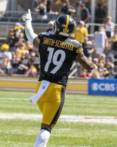 Steelers  JuJu Smith-Schuster Gains 17 Yards