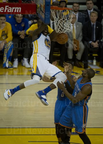 Warriors Draymond Green slams home two against Oklahoma City Thunder