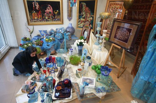 Iranians prepare for new year